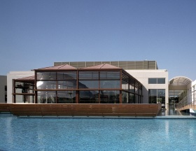 Ξενοδοχείο Blue Lagoon Resort